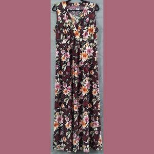 Maroon maxi dress with floral print